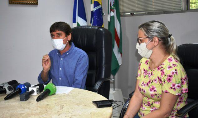 Prefeito pede conscientização de moradores que se aglomera