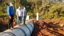 Prefeito e secretário vistoriam construção de pontes e bueiros e patrolamento de estradas rurais na região da T